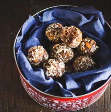 Almond amaretto bites