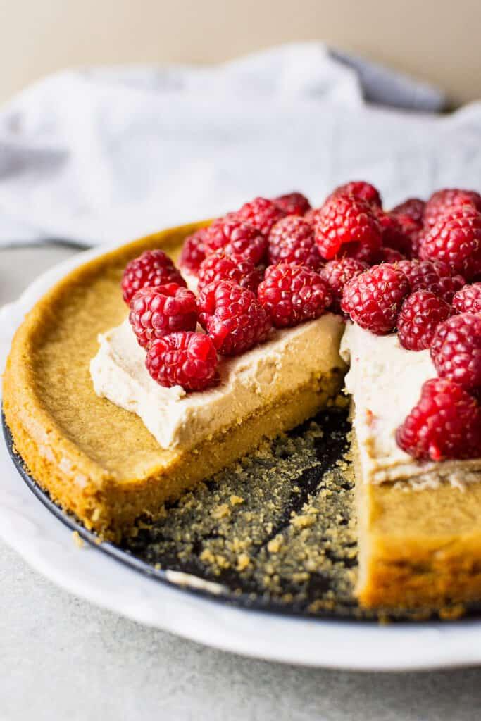 VEGAN RASPBERRY CAKE RECIPE