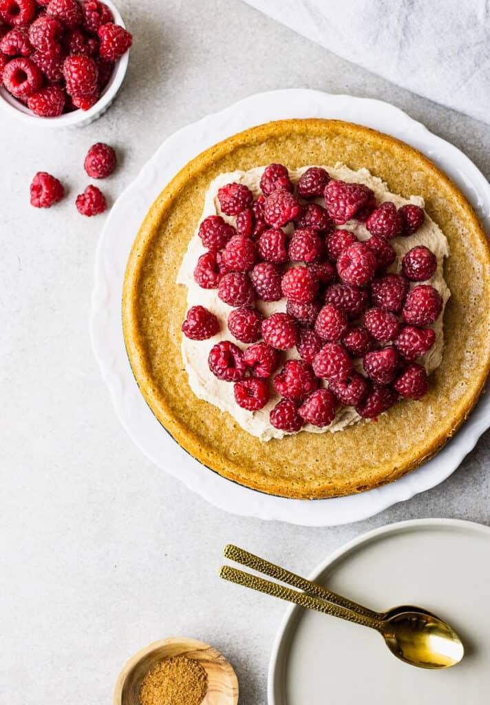 vegan and gluten-free raspberry cake recipe
